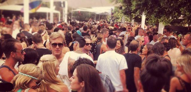 Circo Loco New Year's Day - DC10 - Infos, DJ Line-ups und Tickets   Ibiza  Spotlight