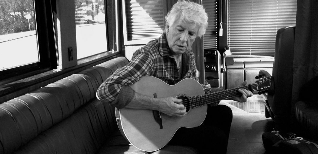 Find Graham Nash UK tour tickets