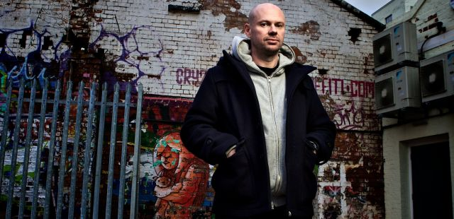 Skiddle Mix 050 - Dave Seaman (Selador)