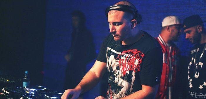 Weekends Matter July 2015 - Guest Mix Ryan Blyth