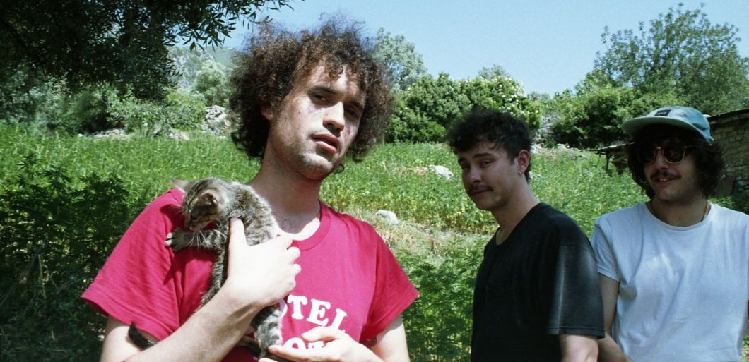 Spanish surf rockers The Parrots to tour UK