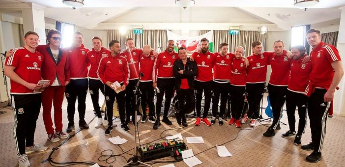 Manic Street Preachers record Wales Euro 2016 song 'Together Stronger'