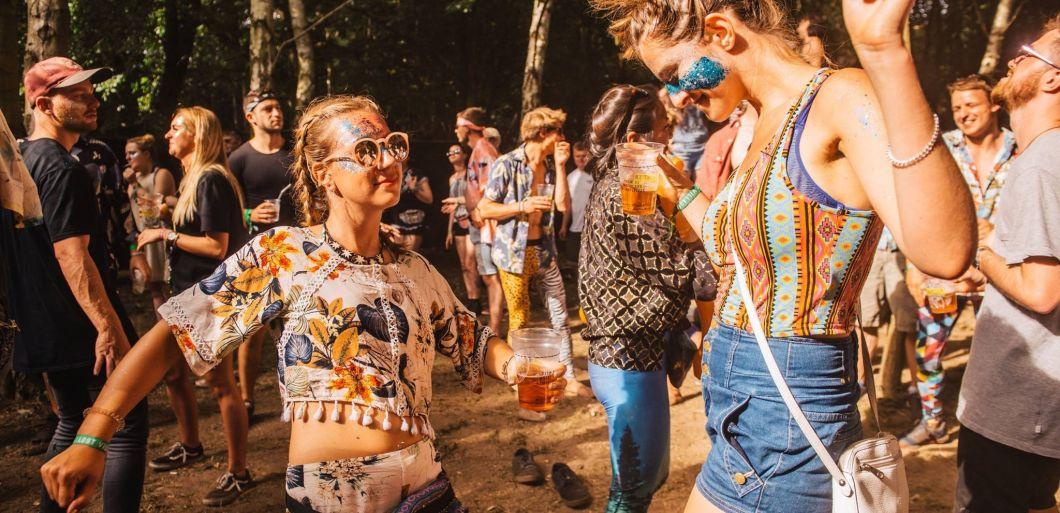 61 festivals to ban 'harmful' glitter