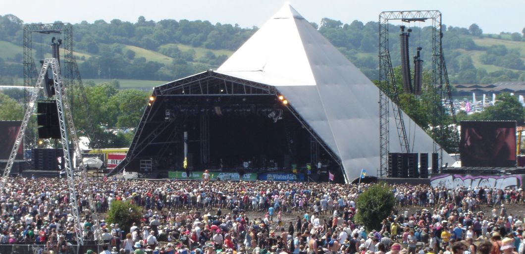 Kylie Minogue finally makes it to Glastonbury