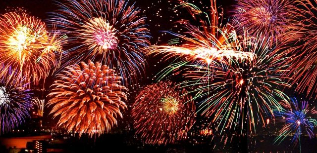 London Bonfire Night displays 2012
