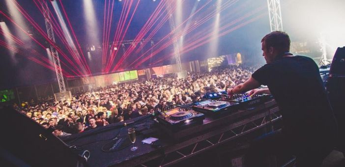 Review: Rainbow Venues Chapter 11