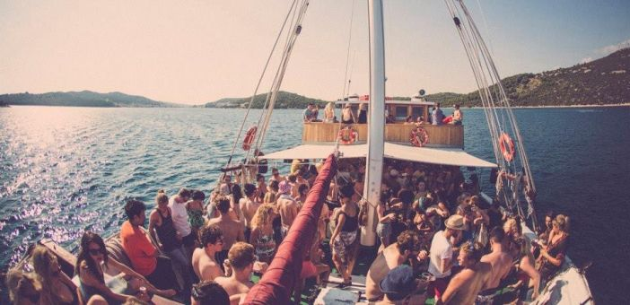 Craig Charles, Maribou State and Bodhi to play Soundwave boat parties