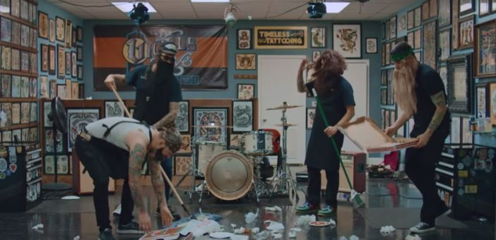 New Found Glory release 'Vicious Love' video featuring Hayley Williams