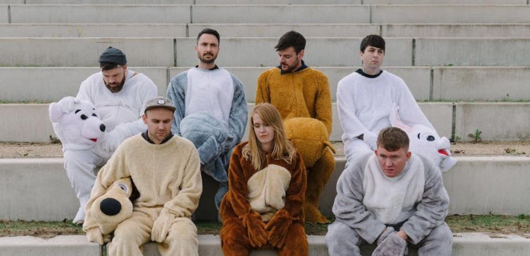 Indie pop band Los Campesinos! to tour UK