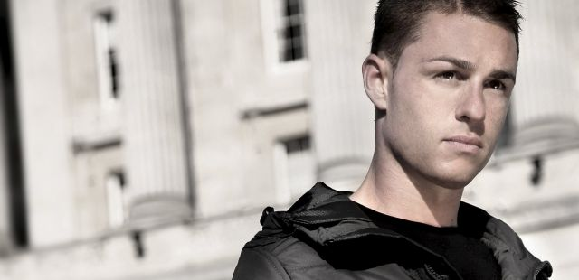 """""""Music is too throw away"""": Interview with DJ Simon Patterson"""