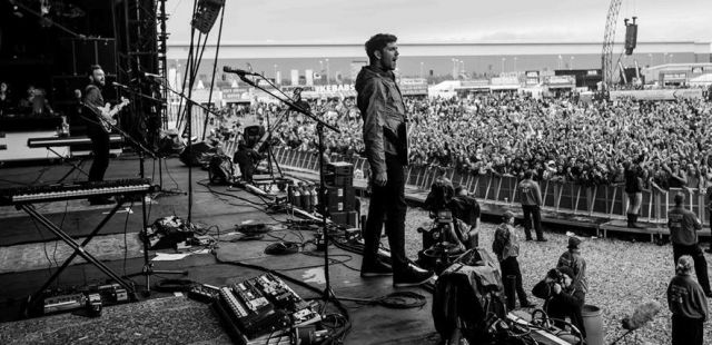 Twin Atlantic and The Last Internationale join Kings of Leon Support