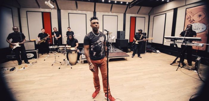 Neo-Soul star Omar will be joined by Terri Walker for London show