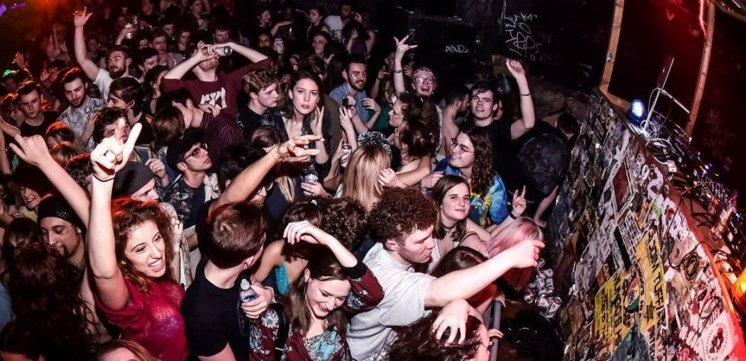 Antwerp Mansion gears up for busy winter season