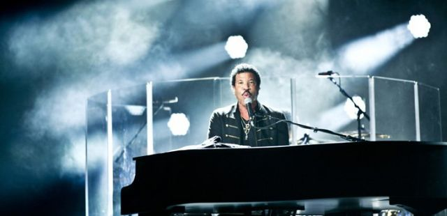 Lionel Richie the first name on Glastonbury Line up