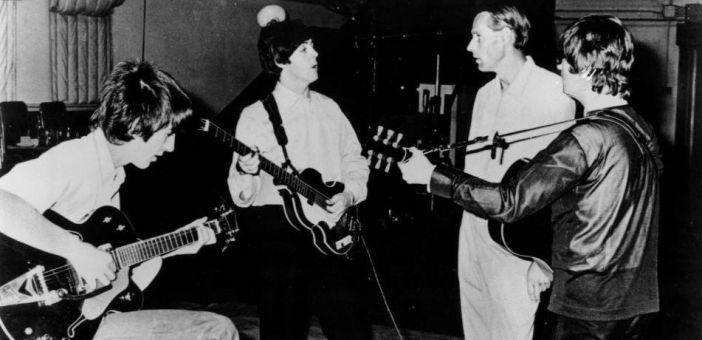 Beatles producer George Martin dies