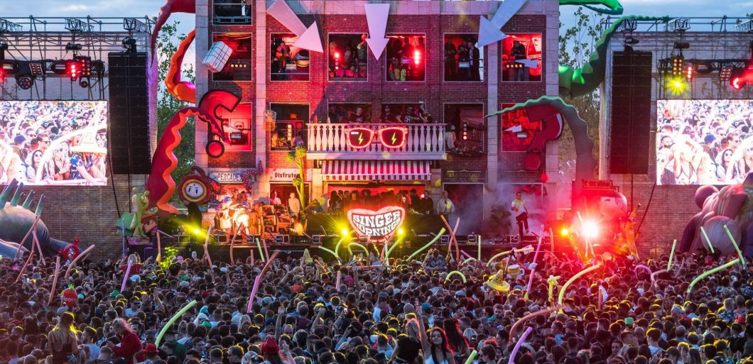 elrow Town London review