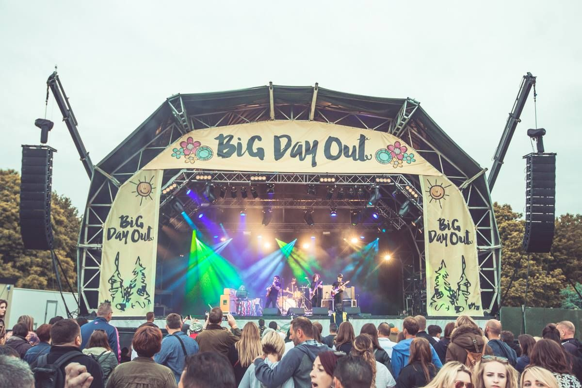 big day out Big day out festival official tickets, latest line up, travel directions + more buy with confidence from the uk's biggest festival guide.