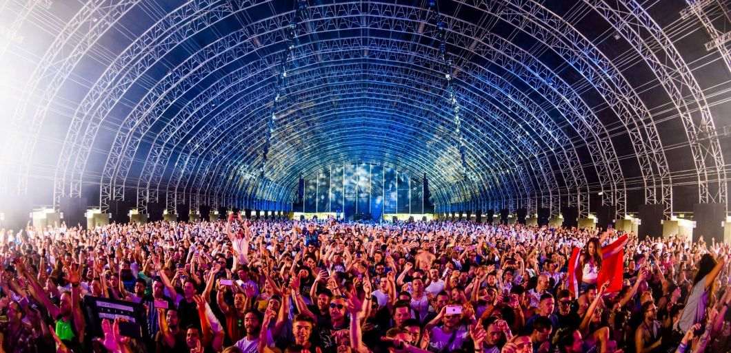 Win Steel Yard tickets for Dimitri Vegas & Like Mike